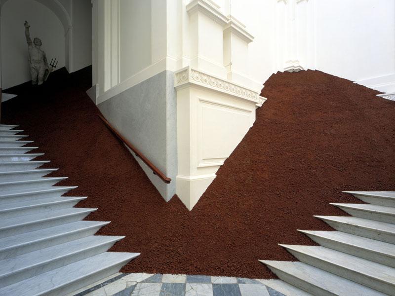 Jetelova-Pyramide4