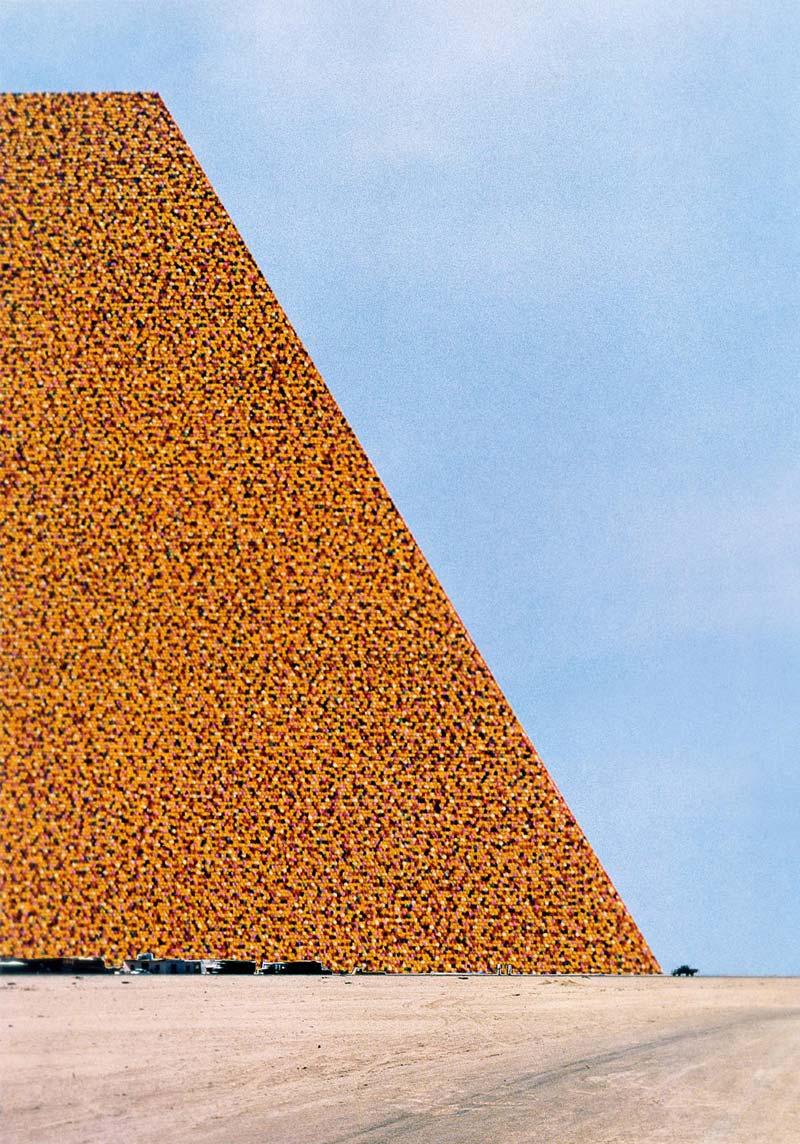 Mastaba-Christo-Jeanne-Claude-10