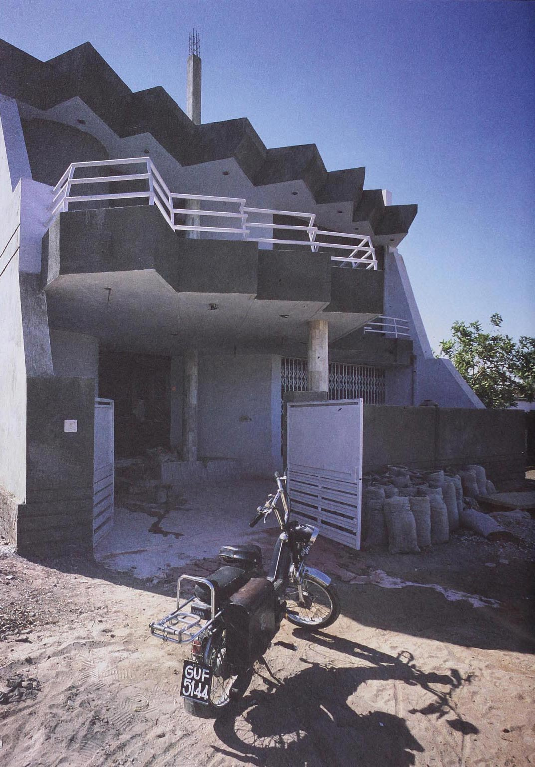 Ahmedabad, India, 1988. Photograph by E.Sottsass