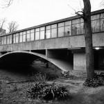 Amancio Williams's Bridge House (Casa del puente), 1943-45