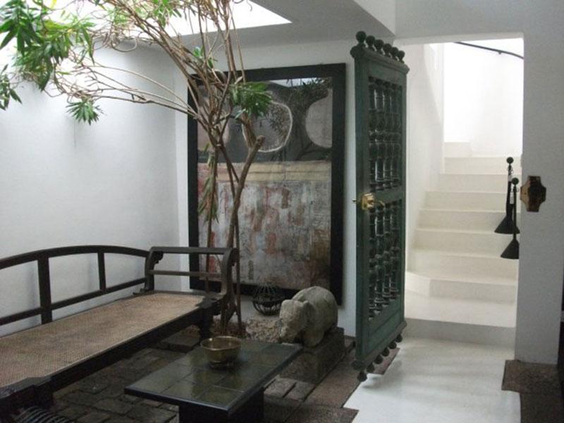 Living Room Entrance Way