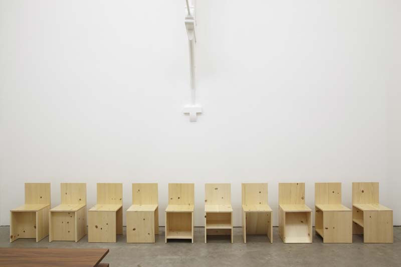 donald-judd-furniture-01