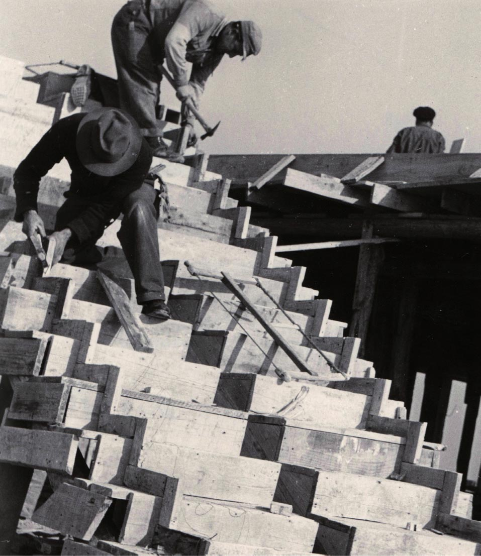 Coffrage d'escaliers, Marseille 1949