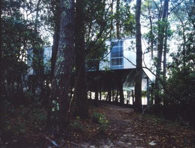 Living around trees glass houses by lina bo bardi and lacaton vassal - Maison starck cap ferret ...