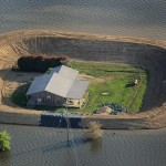Temporary islands: or how people save their homes from the stream