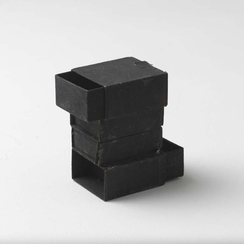 lygia-clark-matchbox-06