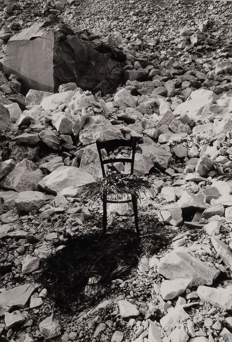 Vuoi sederti..., 1976